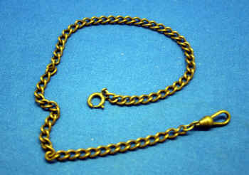 13.5 inch gold color vintage chain.jpg (908999 bytes)