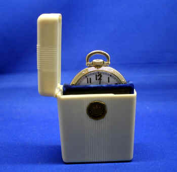 HPW7846 case and watch 2.jpg (819436 bytes)